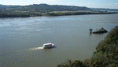 """Pronostican un Paraná con """"eventual aproximación""""a los niveles de alerta"""